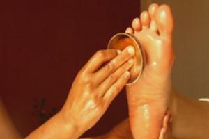 massage-des-pieds-au-bol-kansu